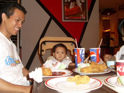 dinner with mommy and daddy @ KFC
