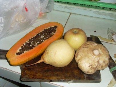 buah-buahan bahan sup buah